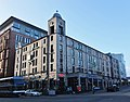 Holiday Inn La Bonne Auberge (geograph 3461824).jpg