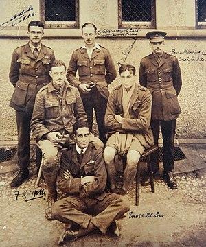 Aubrey de Sélincourt - De Sélincourt (seated, right) in Holzminden prisoner-of-war camp, c.1918