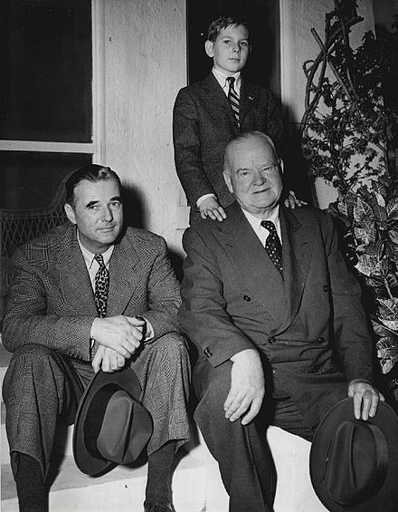 Hoover with his son Allan (left) and his grandson Andrew (above), 1950 Hoover men Allan Herbert Sr Andrew 1950.jpg