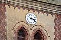 Horloge Biard-Roy sur le fronton de l'église Saint-Just à Bourth.jpg
