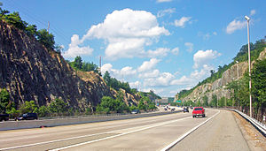 Transportation in New Jersey - I-287 in a rock cut through the Ramapo Mountains, near Pompton Lakes, New Jersey.