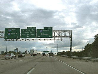 Interstate 70 in Indiana - Westbound sign for the north split between I-65 and I-70