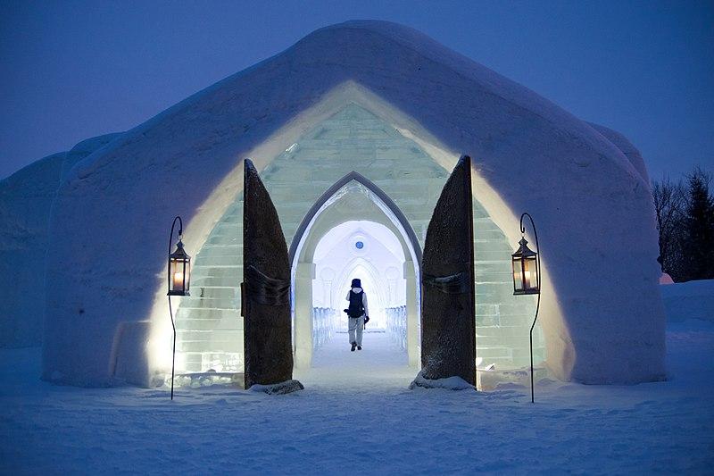 Ice Hotel (Quebec) - Wikipedia