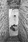 interieur, toren, overzicht cachot met gevangeneblok - amerongen - 20001550 - rce