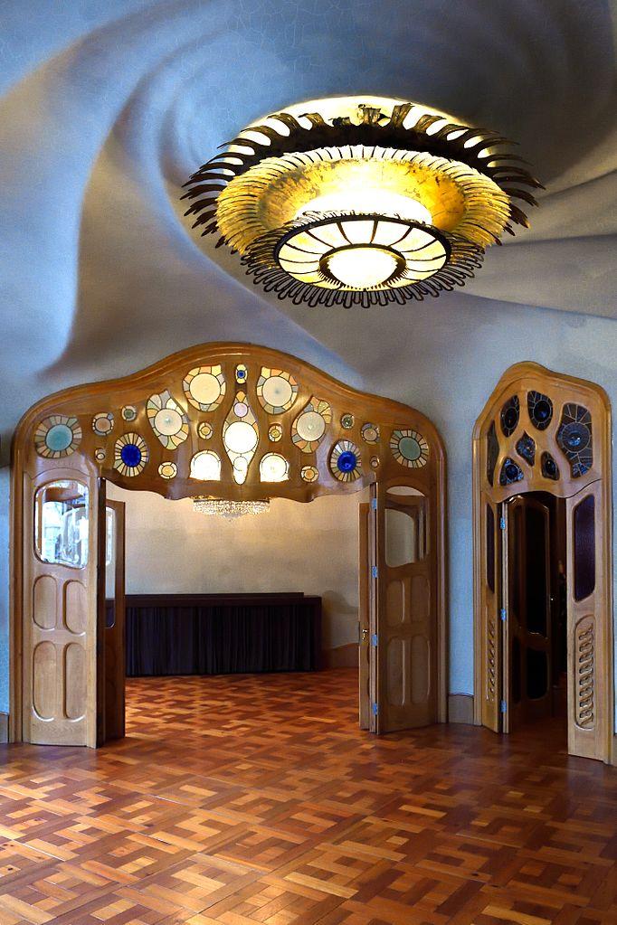 Intérieur de la Casa Batlo de Gaudi à Barcelone - Photo de Tim Adams.