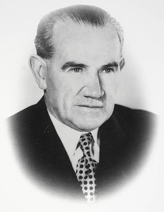 Deputy Premier of New South Wales - Image: J. J. Cahill, NSW Minister for Local Government official portrait, 1944
