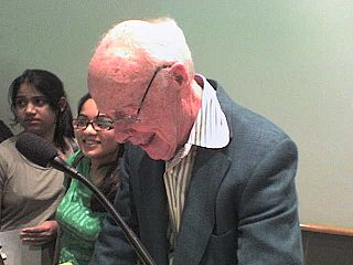 Watson signing autographs after a speech at Cold Spring Harbor Laboratory on April 30, 2007.