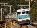 JRW 113 Kisei Main Line 2011-12-04.jpg