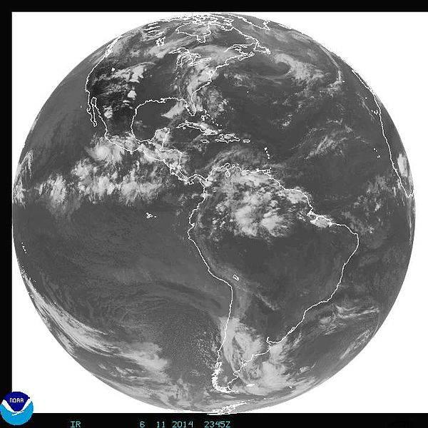 Archivo:JUN-11-2014-2345Z-GOES full disk.JPG