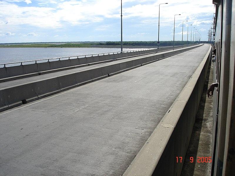 File:Jamuna Bridge - 1.JPG