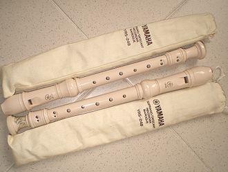 Recorder (educational uses) - Plastic recorder (Yamaha)