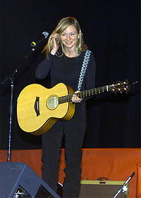 Jewel Kilcher 2000.jpg