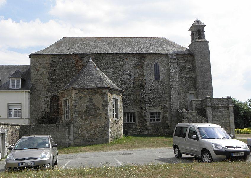 Église Saint-Martin de Josselin (56). Flanc oust avec arrachements de l'ancienne nef.