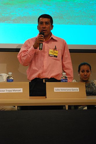 Lenca people - Julio Victoriano García representing the Lenca people at a conference at the Universidad Nacional Autónoma de Honduras.