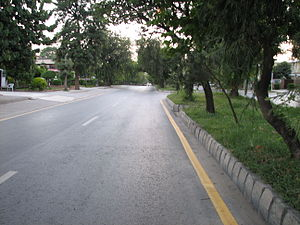 English: Kaghan Road in Islamabad