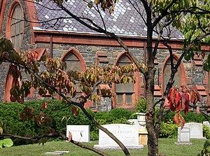 Katharine Graham - Graham's headstone (far left), located beside the Oak Hill Cemetery Chapel in Washington, D.C.
