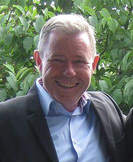 Keith Armstrong (footballer) football coach