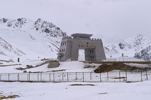 From commons.wikimedia.org: Khunjerab Pass on Silk Road at China- Pakistan -Central Asia trisection {MID-70946}