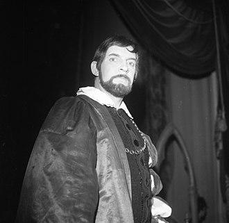 Kjell Stormoen - Kjell Stormoen as Antonio in The Merchant of Venice at Den Nationale Scene in Bergen, 1969.