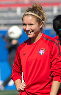 Kristie Mewis Association footballer