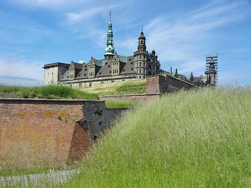 File:Kronborg Castle - panoramio (10).jpg