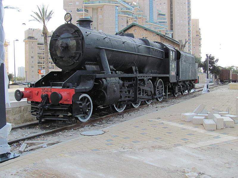 File:LMS Stanier Class 8F No. 70414 of Israel Railways at Beer Sheva Ottoman Railway station.JPG