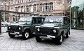 Land Rover Defender Vigipirate, gare de Strasbourg en septembre 2013.JPG