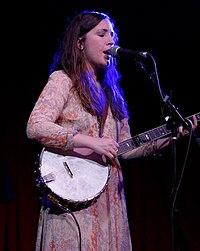 Lauren Shera 2015.jpg