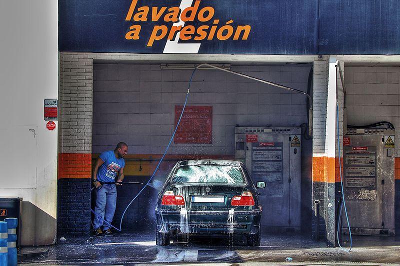 File:Lavado a presion 16279786750 0b667538db.jpg