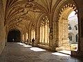 Lisboa, Mosteiro dos Jerónimos, claustro (256).jpg