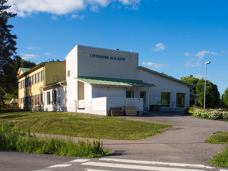 File:Littoisten ala-aste school Littoinen.jpg