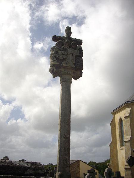 Calvary of Locqueltas cemetery (Morbihan, France), eastern side
