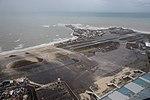 Luchtfoto gehavend vliegveld Sint-Maarten na orkaan.jpg