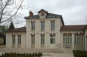 Varennes-Jarcy - The town hall of Varennes-Jarcy