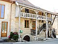 Maison ancienne à Cléron.jpg