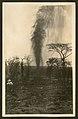 Man observing oil plume gushing from Potrero del Llano No. 4 (8476060057).jpg