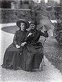 Marie José von Portugal und Sophie in Bayern.jpg