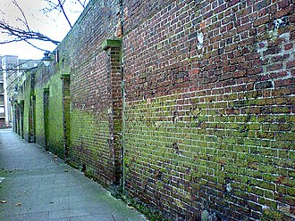 St George the Martyr, Southwark - Surviving wall of the Marshalsea debtors' prison at the north side of the churchyard.