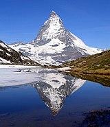 Matterhorn Riffelsee 2005-06-11 crop