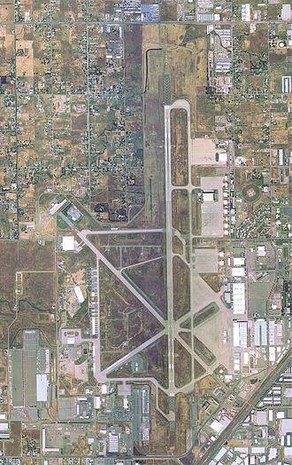 Sacramento McClellan Airport - Image: Mc Clellan Air Force Base CA 9 May 2002