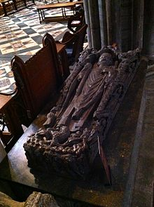 Memorial to Bishop Hugh de Northwold in Ely Cathedral.jpg