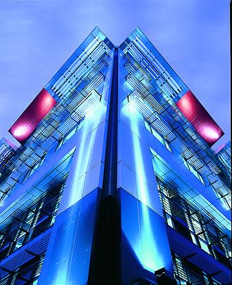 Canberra Hotel, Brisbane - Mincom building, 2004