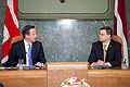Ministru prezidenta Valda Dombrovska tikšanās ar Apvienotās Karalistes Ministru prezidentu Deividu Kameronu (8514464425).jpg