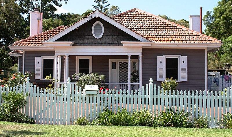 File:Model Timber Home.jpg