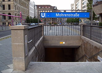 Mohrenstraße (Berlin U-Bahn) - The entrance to the station