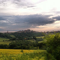 Mondolfo (7262855696).jpg