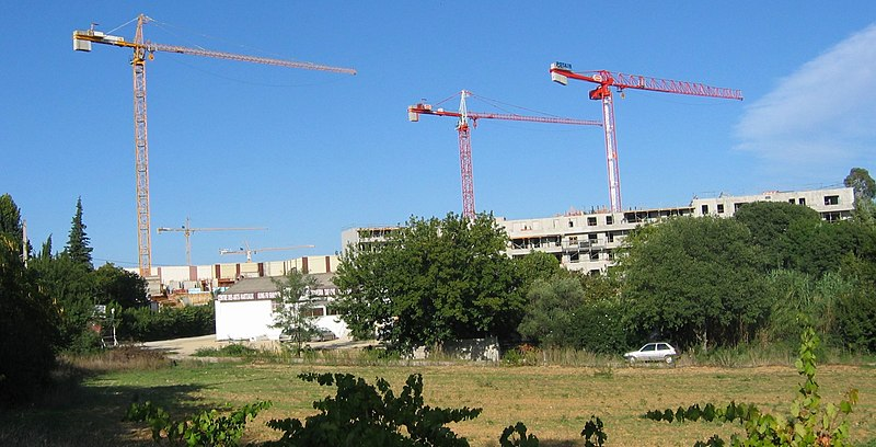 Vue de travaux de construction à Montpellier (Hérault, France).
