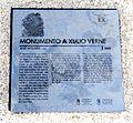 Monumento a Jules Verne, placa.JPG
