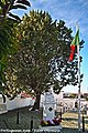 Monumento aos Mortos da Grande Guerra - Cemitério de Vila Alva - Portugal (8904509767).jpg