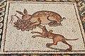 Mosaïque Lièvre croquant du raisin.jpg